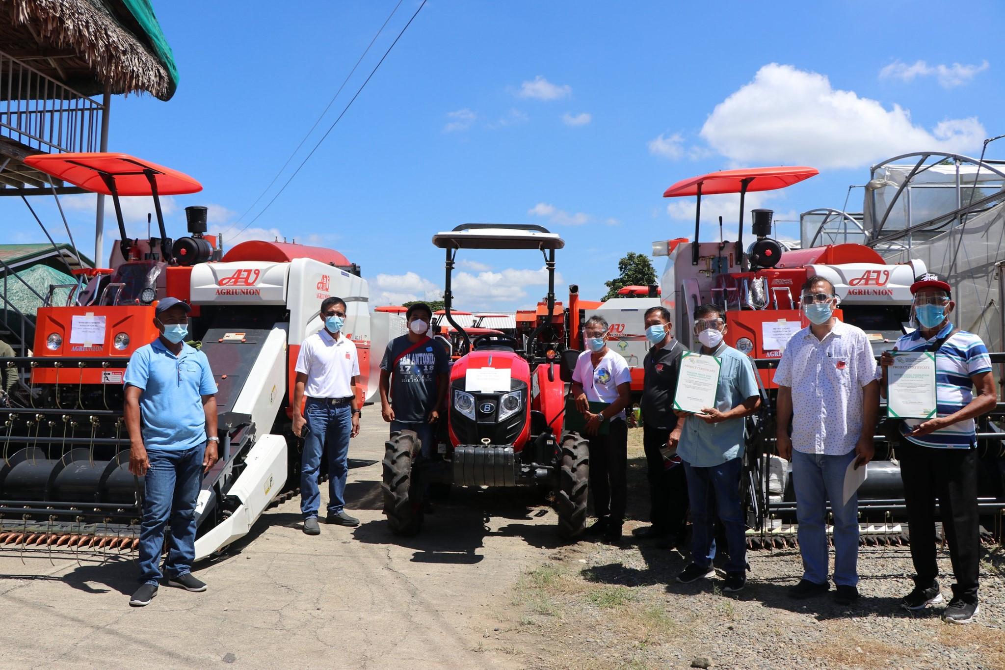 DA Ilocos Awards P43.3M Worth of Farm Machineries and Equipment